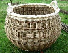 Ted Bruce (England) - http://www.tedbrucebaskets.co.uk/index.html