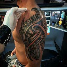 Tattoos News Pics Videos And Info Polynesian Tribal Tattoos, Tribal Arm Tattoos, Upper Arm Tattoos, Tattoos Skull, Samoan Tattoo, Forearm Tattoos, Body Art Tattoos, Animal Tattoos, Half Sleeve Tattoos Designs