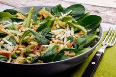 [Low Carb] Apfel-Feldsalat mit Parmesan und Pinienkernen | Gaumenfreundin