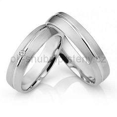 Snubní prsteny z chirugické oceli.