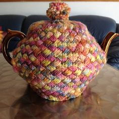 Ravelry: T4U Basket Weave Knit Tea Cosy pattern by Robbie Sattes