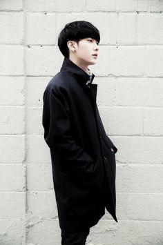 Korean Street Fashion - Life Is Fun Silo Park Hyung Seok, Beautiful Babies, Beautiful People, Ulzzang Boy, Korean Ulzzang, B Fashion, Korean Street Fashion, Asian Boys, Cute Boys