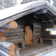 "Did you know that the only Finnish word that is commonly used in English is ""sauna""? The Sauna is a big thing in Finland, in a country with a population of 5 million, there are estimated to be arou… Saunas, Cabin Homes, Log Homes, Sauna Design, Outdoor Sauna, Small Log Cabin, Finnish Sauna, Cabins And Cottages, Log Cabins"