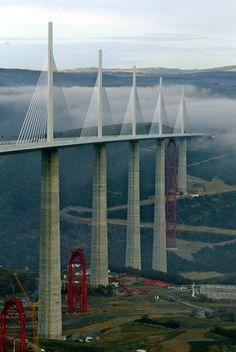 Watched a video of the engineering of this fabulous bridge. Millau Bridge (France/Spain) Tallest bridge in the world Places Around The World, Around The Worlds, Beautiful World, Beautiful Places, Belle France, Famous Bridges, Sites Touristiques, Bridge Design, Ouvrages D'art