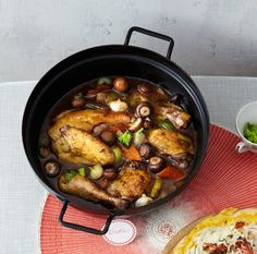 Coq au Riesling Alsace, Kung Pao Chicken, Deli, Food For Thought, Poultry, Chicken Recipes, Good Food, Pork, Low Carb