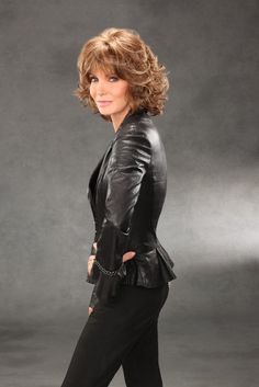 'Blake' Soft tousled curls create a classic feminine look. Features a hand-tied monofilament front to give a natural-looking hairline. Jaclyn Smith 2017, Jaclyn Smith Charlie's Angels, Mother Of The Bride Hairdos, Jose Eber, Jacklyn Smith, Kate Jackson, Farrah Fawcett, Christina Hendricks, Hollywood Stars