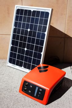 ReadySet, a portable power station that can be charged via solar panels and other clean energy sources. Clean Energy Sources, Solar Power Energy, Photovoltaic Cells, 3d Printing Diy, Homemade 3d Printer, Tech Gadgets, Solar Panels, Diy Solar, Articles
