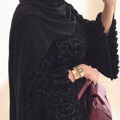 @niabaya Velvet abaya