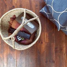 Lounge,無垢フローリング,クッション,ブランケット,LOHACO,ティッシュ,かご収納 Yukaの部屋