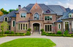 Exterior Ideas Home Galleries: Roof Color Red Brick House Pictures Bricking a House for Contemporary Home Design Diy. Dream Home Design, My Dream Home, Dream Homes, Dream Life, House Design, Custom Home Builders, Custom Homes, Win A House, Selling Your House
