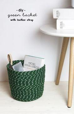 Video-Anleitung für DIY Korb aus Seil mit Leder Schlaufe | Do it yourself | handmade | grün | Klebepistole | green basket made of rope and leather | leather tab | Basteln | Deko | Tutorial | Anleitung | Idee | kreativ | Aufbewahrung | ohne Nähen | no sew | idea | Tipps | Schlaufe aus Leder | Geschenke | Einrichtung | Interior | Möbel | Wohnen | Textil | storage | schereleimpapier | youtube selbstgemacht | selber machen | selfmade