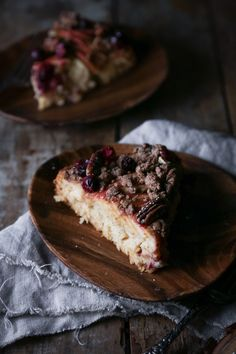 Apple-Cranberry Crumb Cake | Free of gluten, dairy, and refined sugar