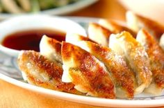 白菜たっぷりの焼き餃子