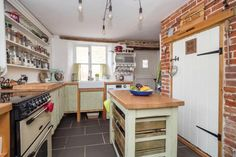 3 bedroom cottage for sale in Thurgarton - Rightmove.