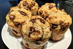 Recipe banana muffins and chocolate health - circular line. Easy Snacks, Easy Desserts, Oatmeal Energy Balls Recipe, Gourmet Recipes, Snack Recipes, Health Recipes, Healthy Breakfast Muffins, Chocolate Muffins, Food And Drink