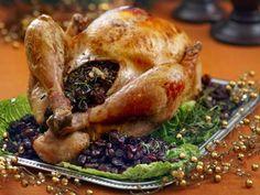 Новогодние рецепты. Традиционная рождественская индейка, фаршированная вишнями, сливами и клюквой. Ах!