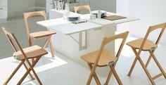 Für den Klapptisch in der Küche kann eine halbhohe Trennwand genutzt werden