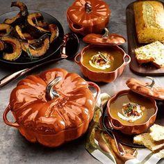 Everybody now... AWWW! Mama and baby pumpkins. This season, we're putting everything in these @staub_usa Ceramic Pumpkin Cocottes. Shop link in profile. #soupson #pumpkineverything