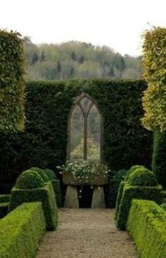 nice 44 Inspiring Outdoor Garden Wall Mirrors Ideas All the ideas below are simply exquisite, but there's 1 idea which I would change slightly. Your house is more […] Garden Hedges, Topiary Garden, Garden Gates, Garden Landscaping, Manor Garden, Dream Garden, Cottage Gardens, Formal Gardens, Outdoor Gardens