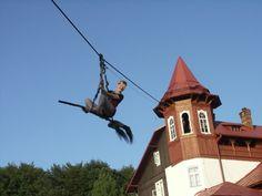 Lot na miotle w Czardworku koło Brzozowa