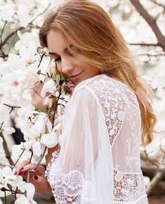 The Most Easy and Pretty Long Hairstyles for Women - Page 3 of 20 - Frühling Spring Photography, Portrait Photography, Photography Terms, Photography Degree, Photography Composition, London Photography, Photography Awards, Iphone Photography, White Photography
