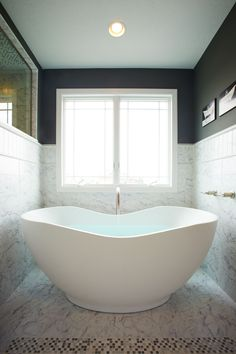Free-Standing Tub by Kohler. Can you imagine having this. (ahhh)