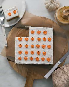 Pumpkin Bread Mix, Pumpkin Sheet Cake, Pumpkin Spice, Butter Cream Cheese Frosting, Mini Pumpkins, Fall Baking, No Bake Desserts, Holiday Desserts, Fall Recipes