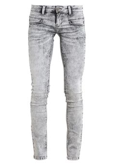 6b06554e526b ALEXANDRA - Slim fit jeans - nikia snow. Zalando Shop