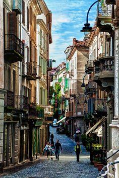 visitheworld:  On the streets of Ivrea, Piedmont / Italyby (AaronP65).