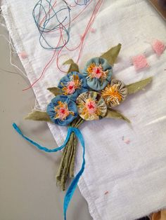 One Bunting Away: Versions of Julie Arkell's bunch of flowers brooch
