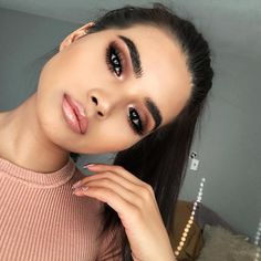 "210.2k Likes, 358 Comments - Anastasia Beverly Hills (@anastasiabeverlyhills) on Instagram: ""#anastasiabrows @tuantinpar Using #Dipbrow in Ebony - Clear Brow Gel"""