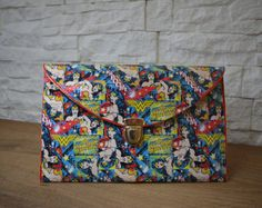 """Custom Handmade Envelope Clutch """"Wonder Woman"""" theme Handmade Envelopes, Handmade Bags, Valentine Day Gifts, Valentines, Special Occasion Shoes, Envelope Clutch, Decoupage, Comic Books, Wonder Woman"""