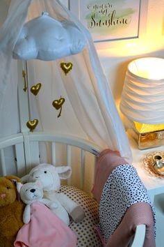 cute pink and gold nursery for a baby girl's room // love the mobile and the stokke sleepi! {gold and pink nursery} Gold Nursery, Project Nursery, Nursery Inspiration, Cute Pink, Decoration, Pink And Gold, Baby Room, Toddler Bed, Baby Baby
