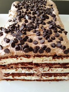 My Name Is Snickerdoodle: Fabulous Food Friday #129 {Ice Cream Cake}