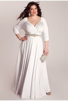 I like the belt and sleeves, seems to be slimming on the arms. Very simple, bring focus with accessories. Bellerose Plus Size Wedding Gown, Igigi | 31 Jaw-Dropping Plus-Size Wedding Dresses