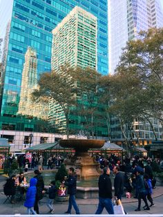 Bryant Park • Christmas Markets • New York • Big Apple • NYC