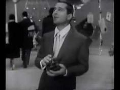 "Perry Como ""It's Beginning to Look Like Christmas"" Music Video  /  - - Your Local 14 day Weather FREE > http://www.weathertrends360.com/Dashboard  No Ads or Apps or Hidden Costs."