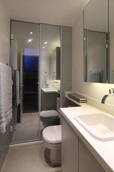 box de banheiro espelhado