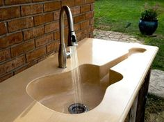 guitar theme bathroom accessories | Guitar Inspired Home Accessories Designs pic3