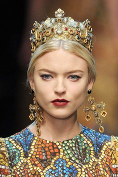 Dolce & Gabbana Fall 2013 Ready-to-Wear Beauty - Dolce & Gabbana Ready-to-Wear Collection