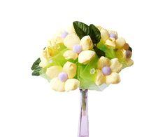 bukiet z kwiatów z krepiny żółto zielony więcej na kwiatyupominki.net