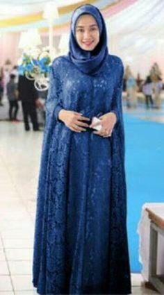 Trendy Ideas For Dress Brokat Panjang Kebaya Hijab, Kebaya Dress, Kebaya Muslim, Muslim Dress, Muslim Women Fashion, Islamic Fashion, Womens Fashion, Dress Brokat, Plus Zise