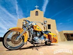 Low Rider  http://image.lowridermagazine.com/f/features/1309_2000_harley_davidson_road_king/54605819/2000-harley-davidson-roadking-front-left-side-view...