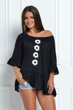 White daisy blouse