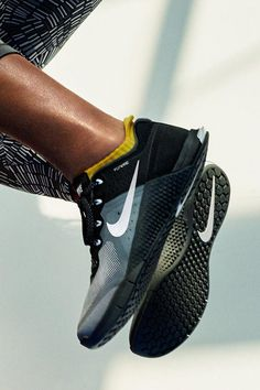 a2bb9739ef NikeWomen Metcon 2 Cross-Training Shoe features a grooved sole for stable  flexibility