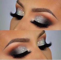 "Smokey Eyes Makeup Look Ideas History of eye makeup ""Eye care"", quite simply, ""eye make-up"" Sparkle Eye Makeup, Silver Glitter Eye Makeup, Smokey Eye Makeup Look, Glitter Make Up, Smokey Eyes, Eye Makeup Steps, Eye Makeup Art, Makeup For Brown Eyes, Party Eye Makeup"