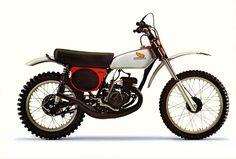 1975 Honda CR125M Elsinore | Tony Blazier | Flickr Mx Bikes, Motocross Bikes, Vintage Motocross, Cool Bikes, Sport Bikes, Classic Honda Motorcycles, Racing Motorcycles, Vintage Motorcycles, Enduro Motorcycle