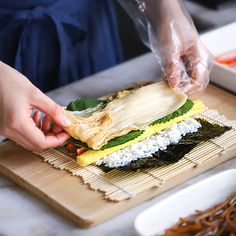 Spanakopita, Korean Food, Sandwiches, Baking, Ethnic Recipes, Kitchen, Yummy Yummy, Cook, Finger Sandwiches