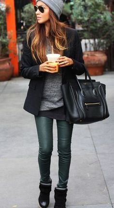 I love everything about this look - the bag, the beanie, the leggings.  Gorgeous.