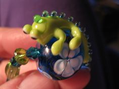 Handmade lampwork lizard bead bracelet by las81101 on Etsy